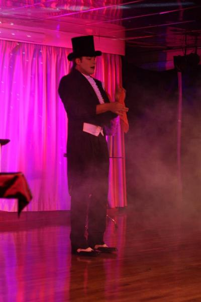 "Show Magia ""Magic Clown"""